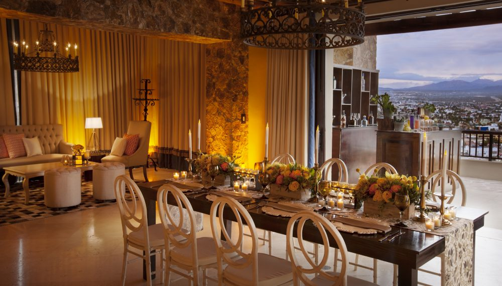 Casona Family Dinner Premium Set Up at The Resort at Pdregal