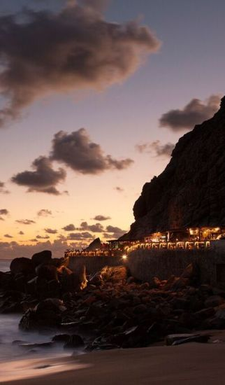 Baja Traveler Features the Champagne Terrace at El Farallon